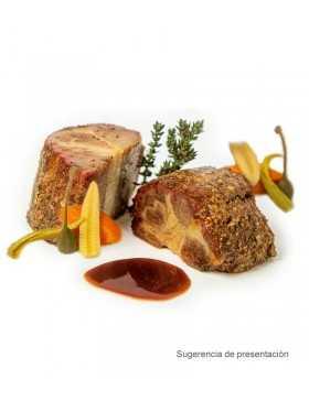Pastrami de Collar Ibérico con salsa de vegetales y tempranillo